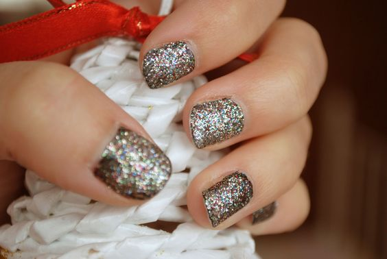 #glitternail