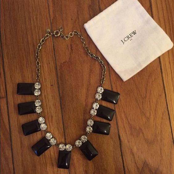 JCREW Statement Necklace Great staple statement necklace. Paired great with a buttoned up blouse. Duster bag included. J. Crew Jewelry Necklaces