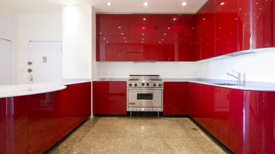 Inspirational  K che in Rot Eckk che Grifflosk che dyk kuechen de Rote K chen Pinterest Blog Red and Red kitchen