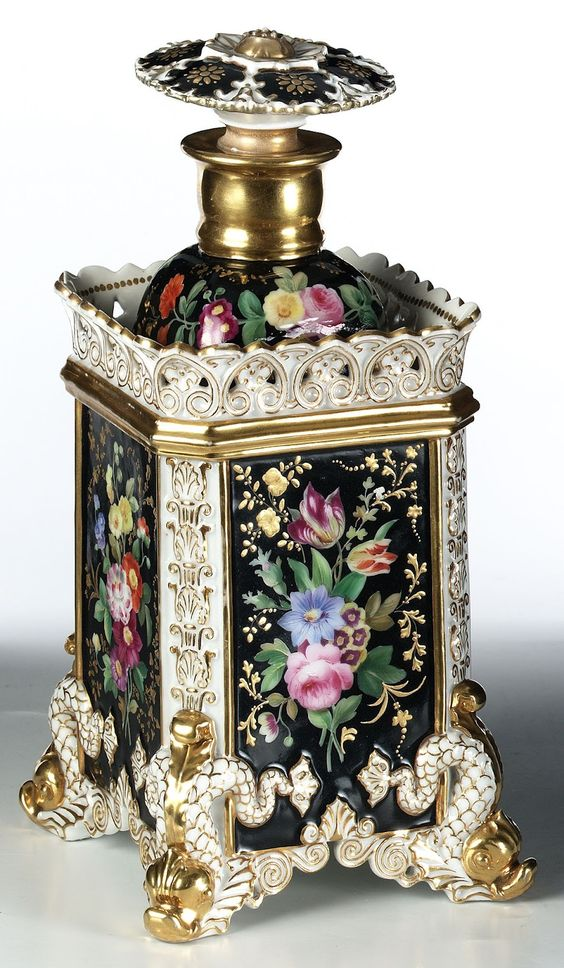 Jacob Petit 1830 - Perfume Bottle. Apparently... - This is seriously like old school fancy.. I´d be afraid to break it, but it sure is cute...