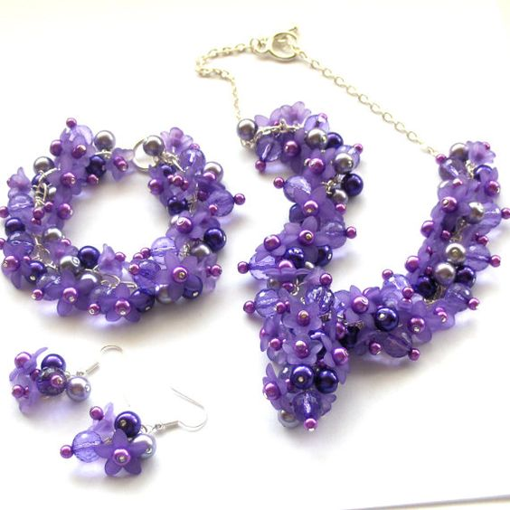 SALE Purple Floral Cluster Jewelry Set Cluster by beadingshaz, £25.00