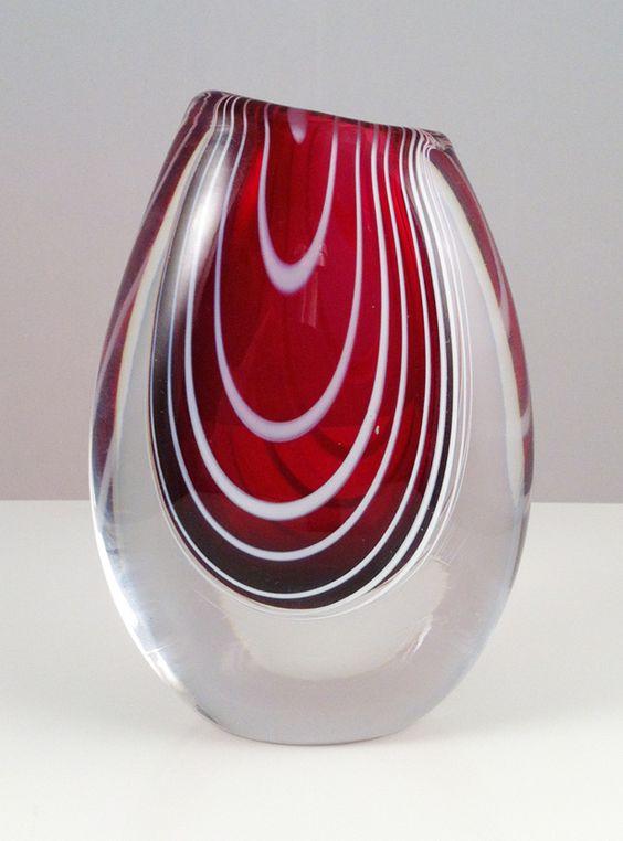 vase Kosta, design by Vicke Lindstrand, 1952