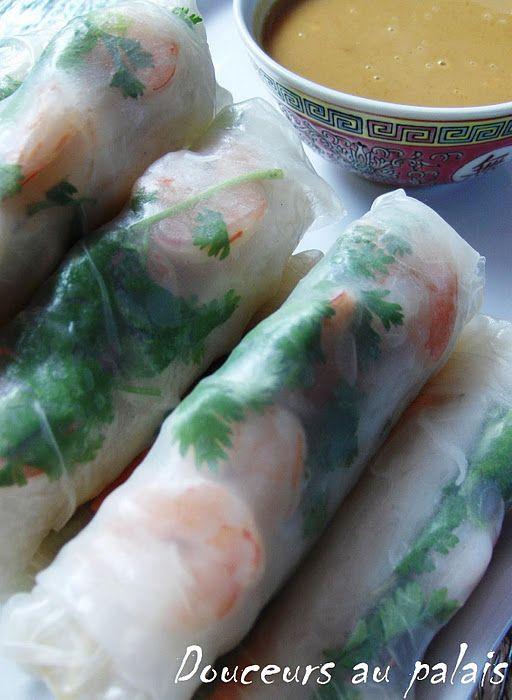 http://douceursaupalais.blogspot.com/2010/08/rouleaux-de-printemps-sauce-aux.html