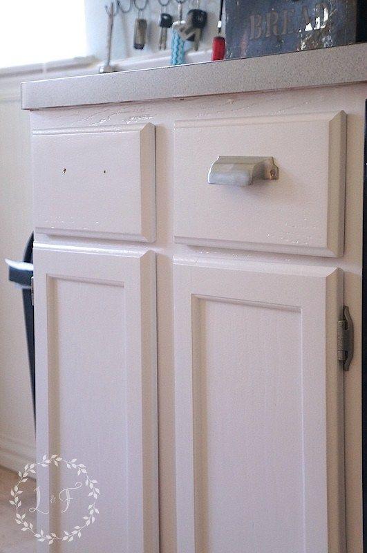 Which Is It Best Paint Use Kitchen Bath Cabinets Bath Cabinets Cabinet Types Of Painting