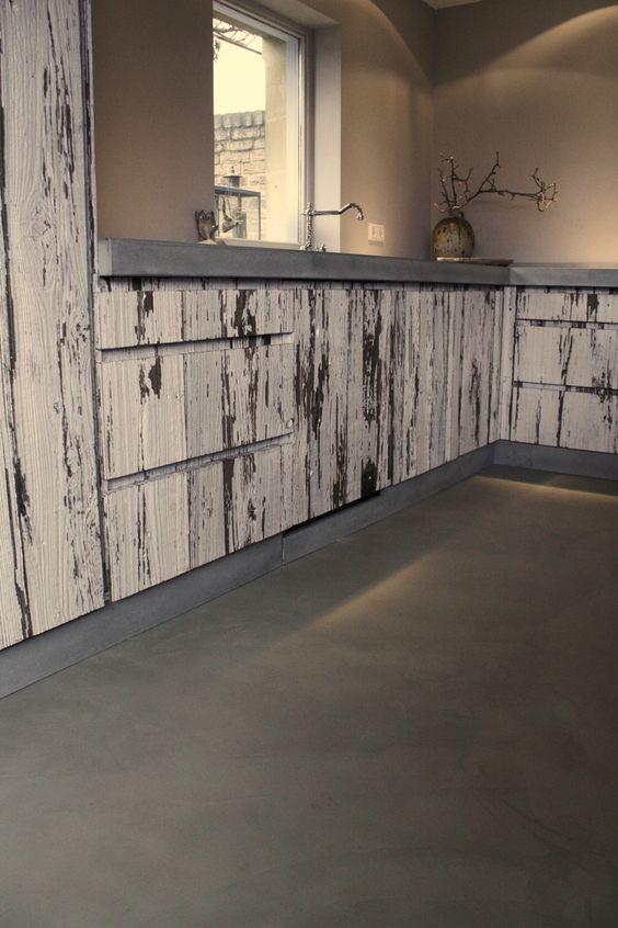 Keuken van oud hout a va interieur vloer beton cir for Beton cire interieur
