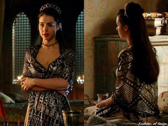 """In the episode 2x19 (""""Abandoned"""") Queen Mary wears a vintage 1920s Art Deco Egyptian Assuit Shawl from Divine Decadence Originals. #Reign"""
