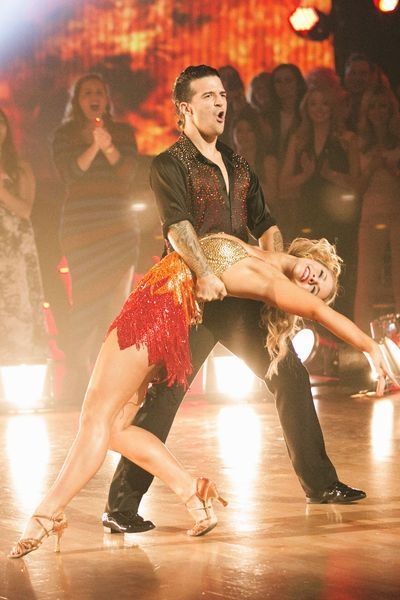 Paige and Mark Ballas & Paige VanZant's firebird redemption dance - salsa  -  Dancing With the Stars  -  Season 22 finale  -  Spring 2016
