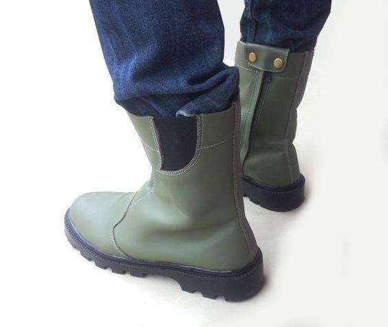 dark green leather boots handmade Rangkayo by MarapulaiClothing