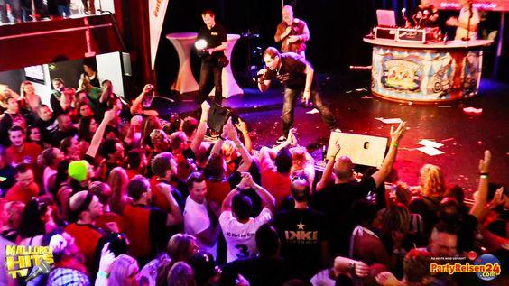 """Sabbotage live mit """"Glück auf - Wir müssen aufhören weniger zu trinken"""" auf Peter Wackel´s Bierkönig Partyboot 2014 in Köln. Der Song ist auf den Ballermann Hits 2014 Samplern enthalten. Mallorca Hits TV Live Video:  http://youtu.be/TqyKybF3iUA"""