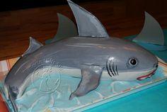 Der weiße Hai   Torte trifft Stil Shark Cake