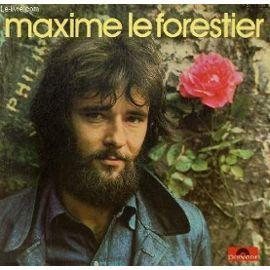 """Maxime Leforestier. """"Mon frère"""", 1975 Avec les copains de mon village , le soir près de la fontaine ."""