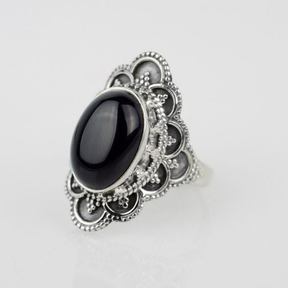 Unique Black Onyx Ring Sz 7.75 Wiccan Ring от StunnerCollective
