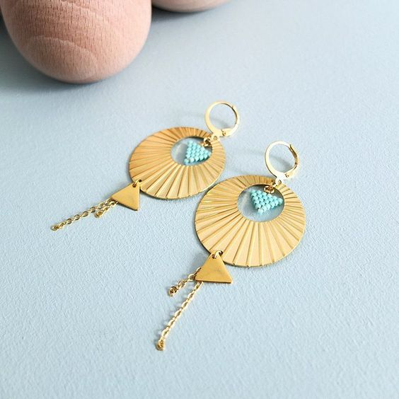 Boucles ★ Moon ★ via My-French-Touch. Click on the image to see more!
