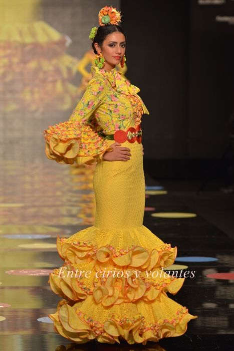Carmen Vega ·SimoF 2015 · Moda Flamenca por Claudia Alfaro.
