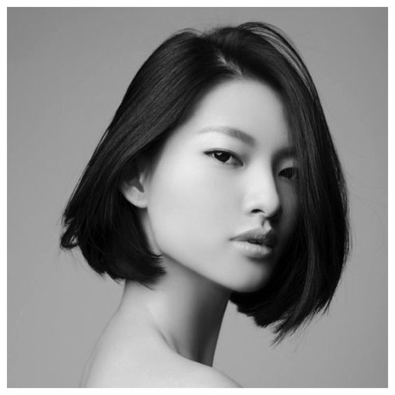Golly-gosh, it's September! Time to begin planning one's autumnal style. Let's start with a classic bob.