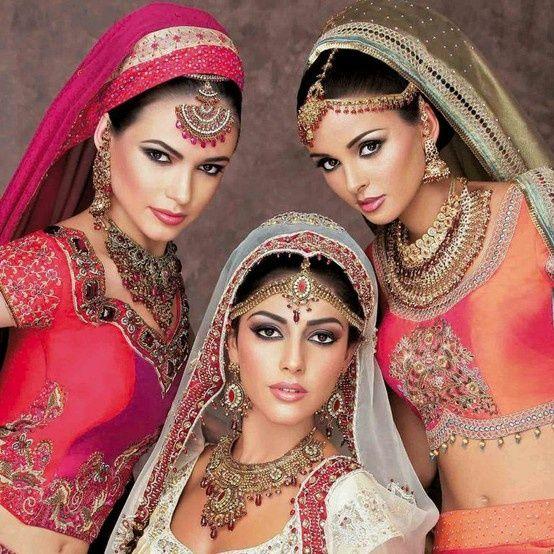 indian jewellery  www.weddingsonline.in