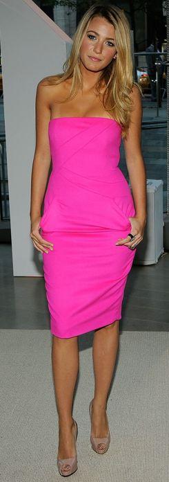 shocking pink + nude shoe