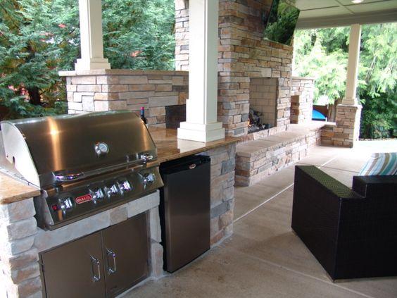Granite Covered Countertops : ... stone, covered patio, granite countertops, stainless steel appliances