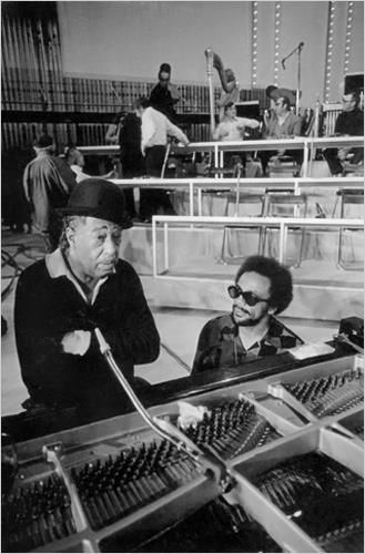 Duke Ellington and Quincy Jones (rehearsals for We Love You Madly, 1973).