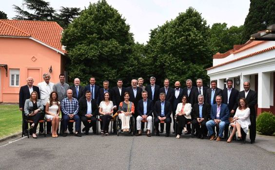 Con el Presidente @mauriciomacri y los 24 Gobernadores