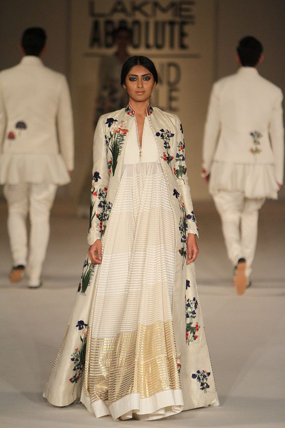 Rohit Bal at LFW S/R 2016 Finale. Love at first sight.