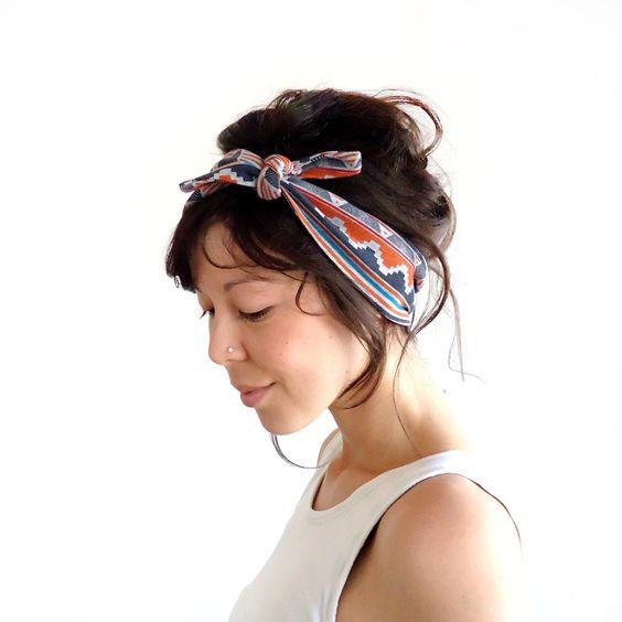 headscarf: Hair Dou S, Hair Ccessorize, Casual Headscarf, Hair Shinanigans, Styles For Short Hair, Hair Lengths, Headscarf Style, Beauty Pricess, Batik Headband