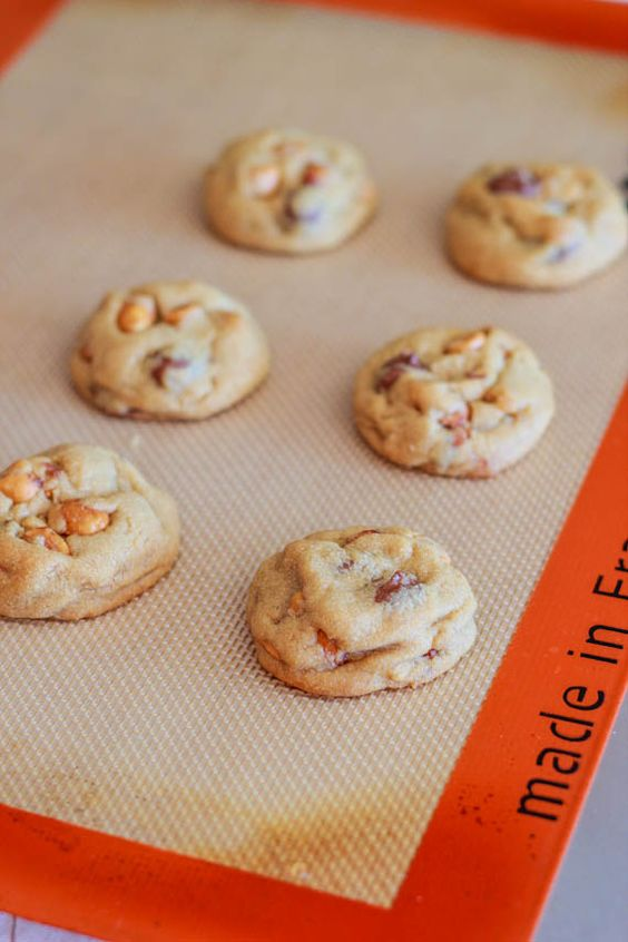 Soft-Baked Peanut Butter Lovers Cookies
