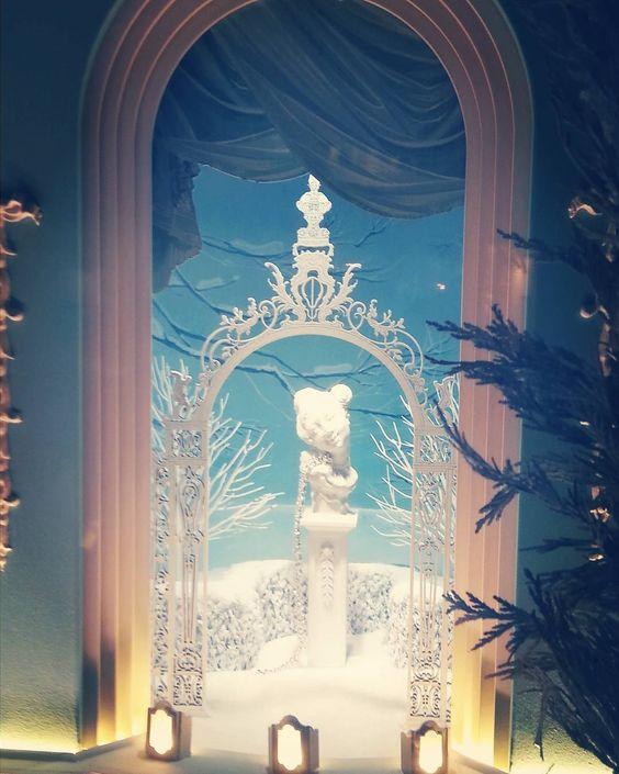 #tiffanyandco #NYC #christmaswindows #christmasinnyc #holidaywindows #holiday2015