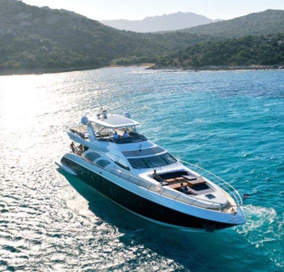 AZIMUT 100  AJ MacDonald - Yacht Broker - ajmacdonald@camperandnicholsons.com