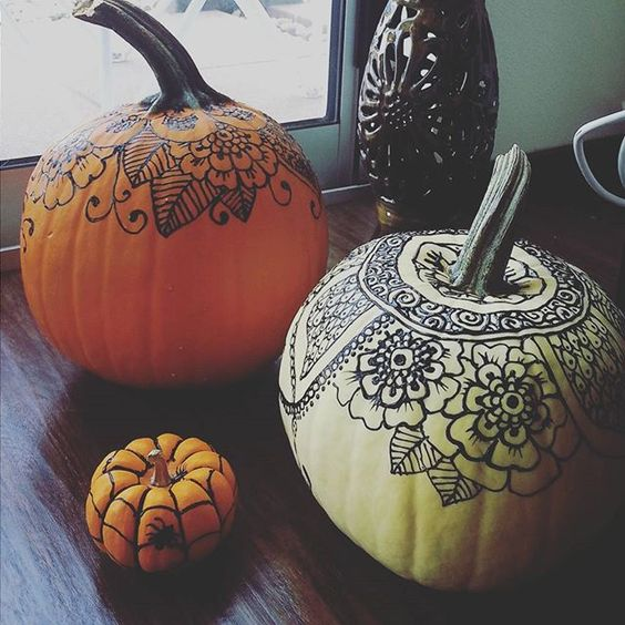 Pin for Later: 35+ Ways to Decorate Pumpkins Without Carving Henna-Inspired Use puff paint to draw on an intricate Henna-inspired design.: