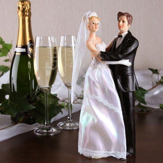 Hochzeitsfigur Brautpaar Braut links