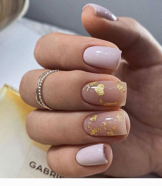 Mauve And Gold Flakes Nails Coolladies Net In 2020 Square Nail Designs Short Square Nails Gold Nails