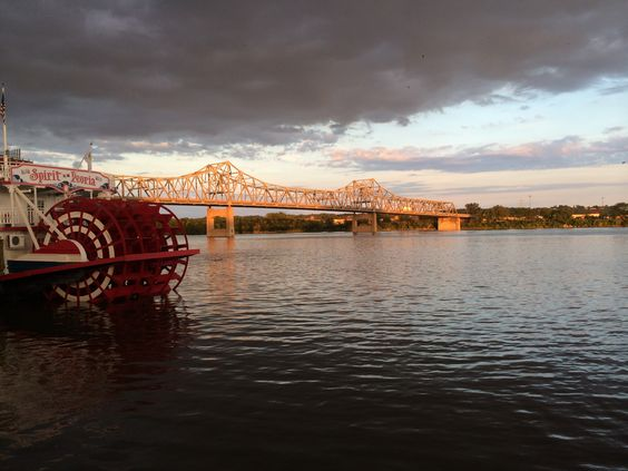 The Spirit of Peoria paddleboat on the Peoria, Illinois, riverfront
