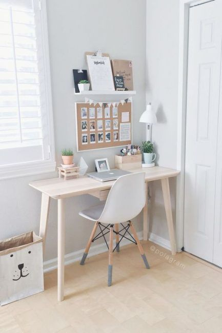 Mesa pequeña pero elegante para ahorrar espacio #office #space #design #interior #interiordesign #home #decor
