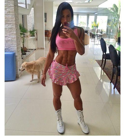 Bom dia , cardio feito com look fofo @dmorefit e botinha linda @estilofitness e agora partiu Jacarezinho-Paraná , logo mais as 18 h estarei na Max Muscle ( rua Coronel Alcântara ,336) e as 20;30 estarei em Ourinhos -sp na Max Muscle ( rua 9 de julho ,76) Espero conhecer cada um de vcs ❤️❤️❤️