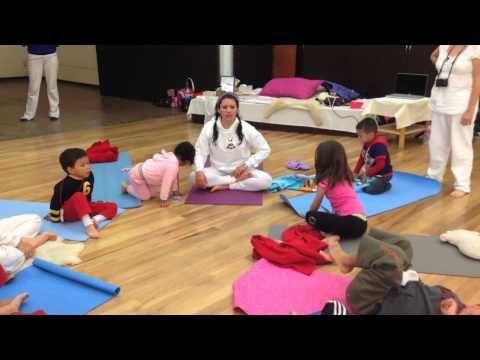 Solsticio de Invierno - Clase de yoga para niños - YouTube
