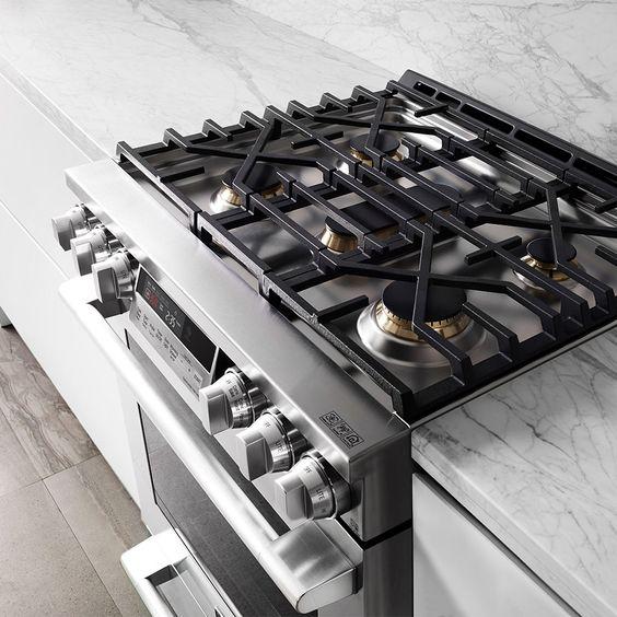 Signature Kitchen Suite, Pacific Sales, LG, Slide in, built in, range, convection, gas range, electric range