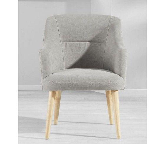 Bequemer Stuhl im Retro-Stil - ein Blickfang in jedem Wohnbereich
