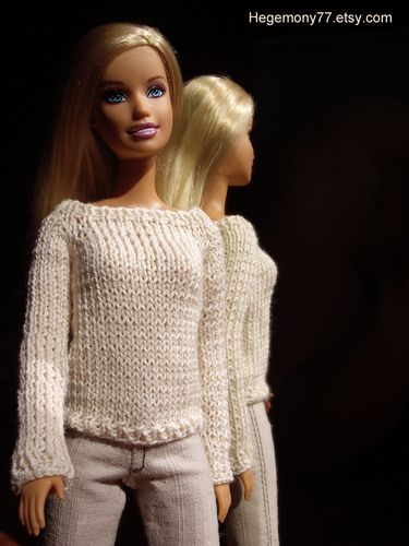 Knitted sweater for fashion dolls such Barbie Pullip Blythe Momoko on httpheg...