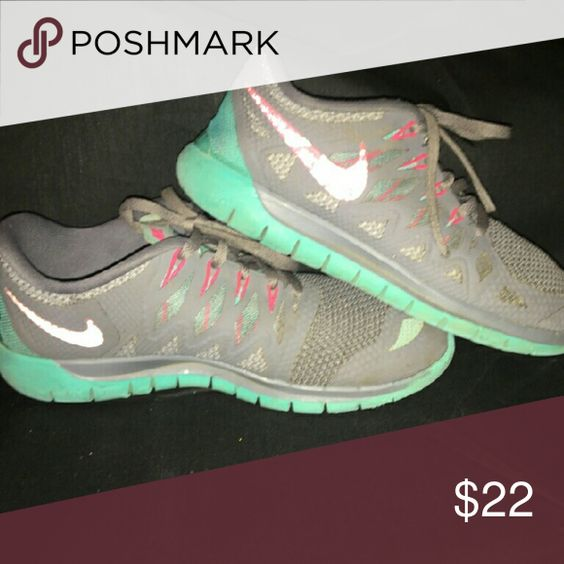 Nike sneakers size 8 Great condition worn handful of times gray aqua &  pink Nike Shoes Sneakers