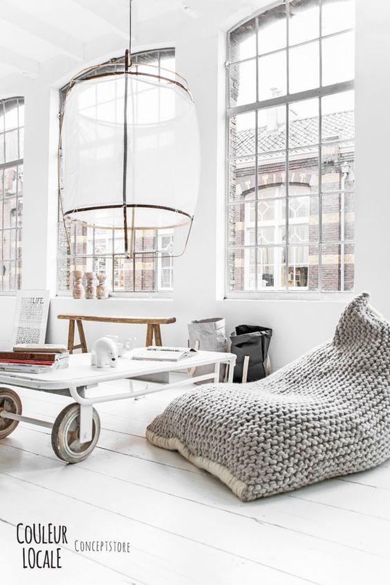 Couleur Locale est un superbe concept-store. Photographié par la talentueuse photographe Paulina Arcklin, cet endroit dégage une véritable âme.