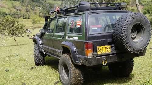 Jeep Cherokee Laredo Aut 1995 251000km 36 000 000 En Tucarro Jeep Cherokee Xj Jeep Cherokee Jeep Xj