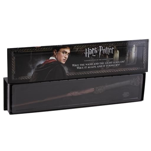 Harry Potter Illuminating Wand Harry Potter In 2020 Harry Potter Wand Harry Potter Harry Potter New