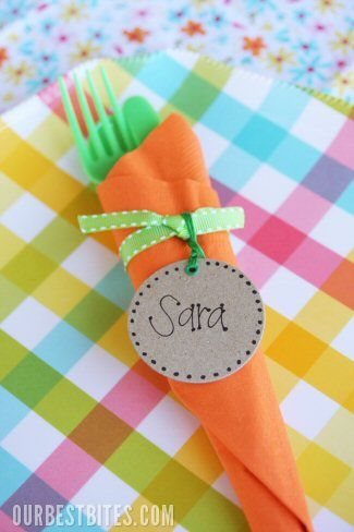 Easter carrot napkin bundles: