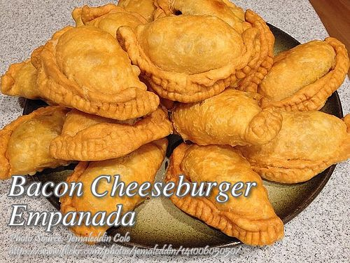 Bacon Cheeseburger Empanada Recipe Panlasang Pinoy Meaty Recipes Recipe Bacon Cheeseburger Empanadas Fried Pies
