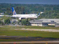 N14107 United Airlines Boeing 757-224(WL) - cn 27297 / 641