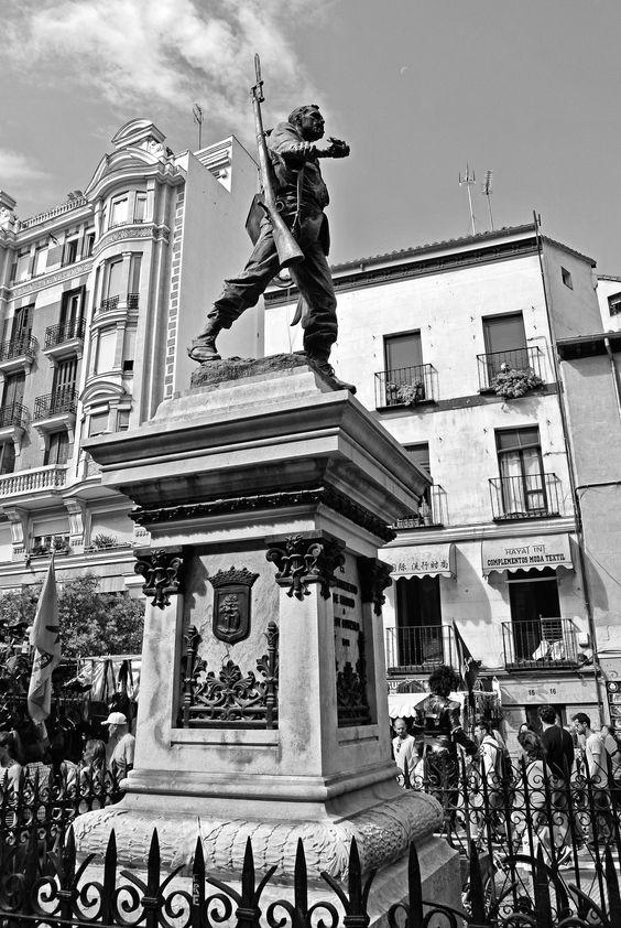 https://flic.kr/p/GHTCiB | Estatua de Cascorro - Madrid por Pedro Ferrer