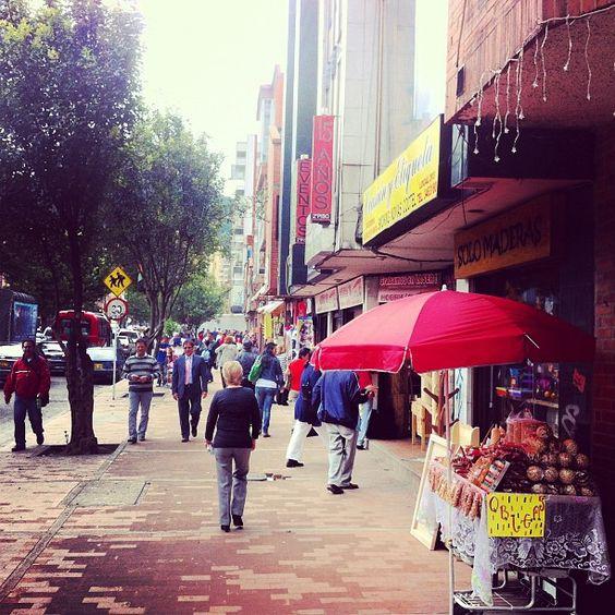 """Pasaje peatonal calle 53 #instagramyourcity Bogotá"" by @fritolas"