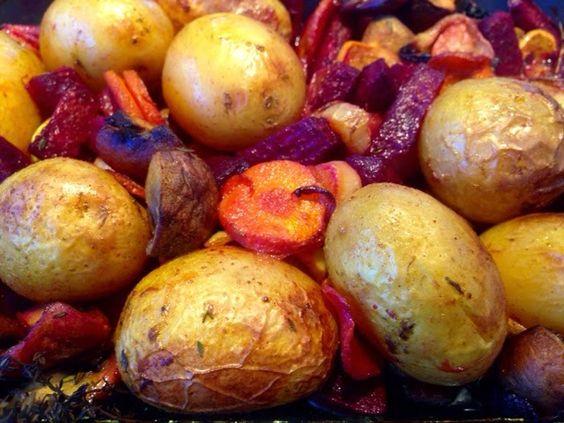 Patrícia is cooking.: Legumes e cogumelos no forno com batatinhas branca...