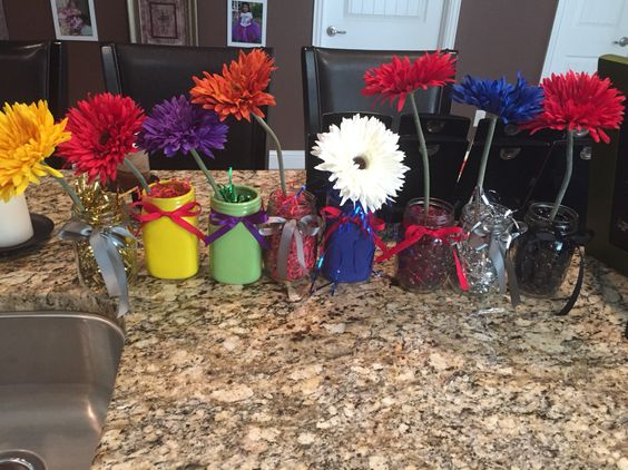 Had to add a few more centerpieces for the extra tables we needed for my daughter's Avenger Birthday Bash! From left to right: Thor, Ironman, Hulk, Falcon, Captain America, Scarlet Witch, Quicksilver and Black Widow centerpieces. All materials bought from @michaelsstores